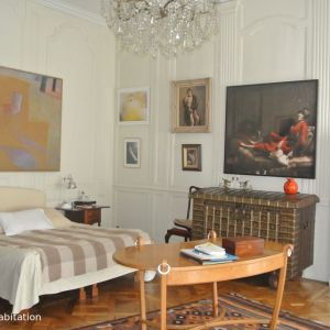 photo 1: APPARTEMENT BOURGEOIS 8 PIECES