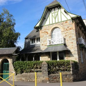 photo 1: Maison de caractère à proximité de la gare et du colombier