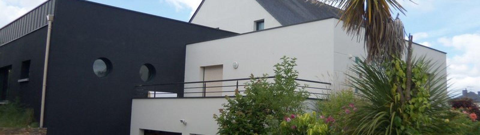 photo 1: Superbe maison contemporaine avec piscine intérieure