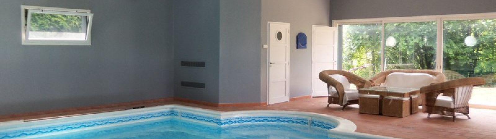 photo 5: Superbe maison contemporaine avec piscine intérieure
