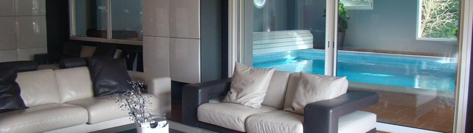 photo 4: Superbe maison contemporaine avec piscine intérieure