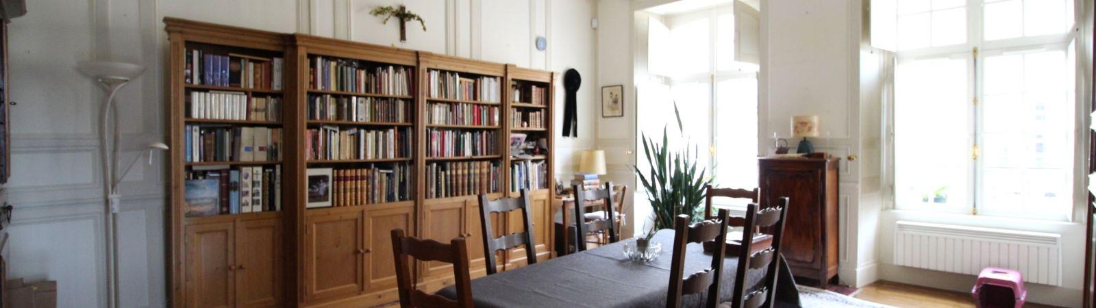photo 4: Appartement de caractère en cœur de ville