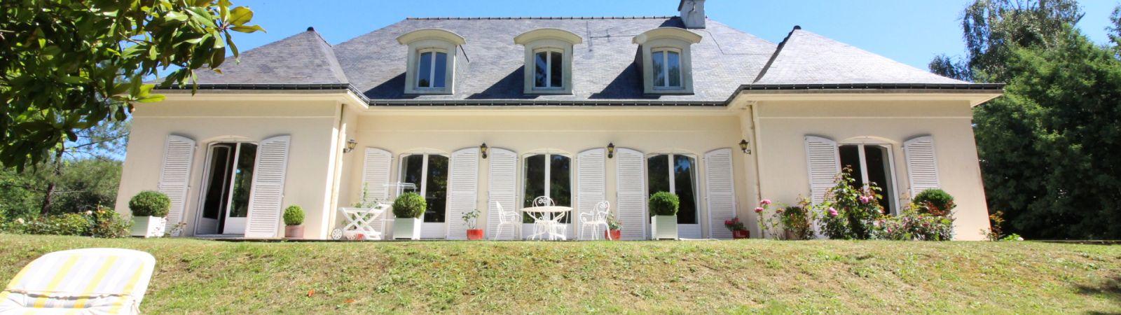photo 1: Maison située dans un secteur calme et recherché de Vannes