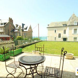 photo 1: Appartement Saint-Malo VUE MER COURTOISVILLE
